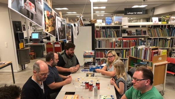 Brætspil på Lystrup Bibliotek