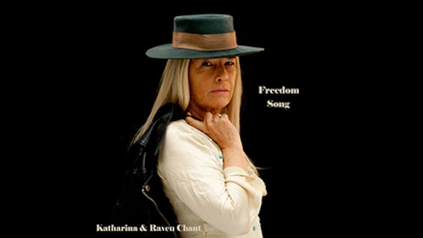 Katharina & Raven Chant