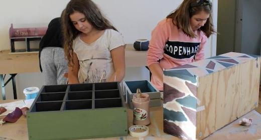 Lav dit helt eget møbel (fra 1. klasse og en voksen)