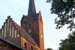 Konfirmationsgudstjeneste Byskolen v/ Janne Svensson