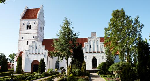 Blæser fra tårnet og kaffe i kirken