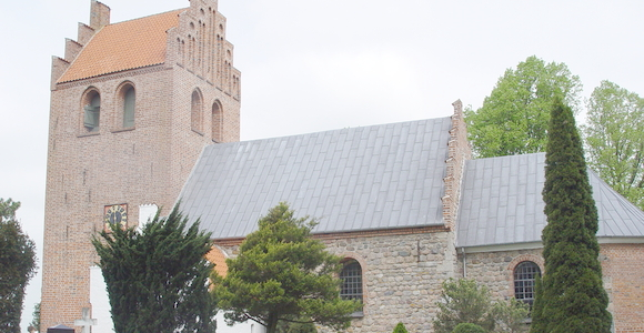 Strø Kirke og kapelsal