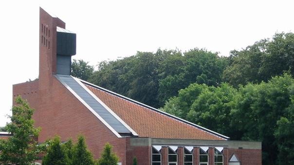 Gudstjeneste: Konfirmation i Lindeskovkirken