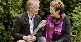 Jul med Ghita Nørby & Lars Hannibal