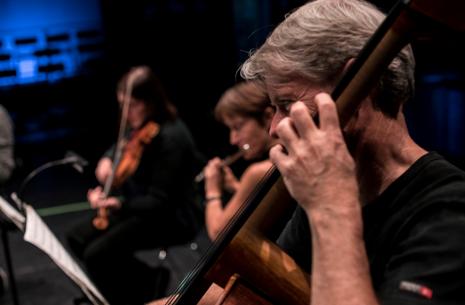 Esbjerg Ensemble med solisten Tuva Semmingsen