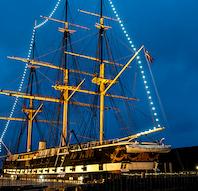 Fregatten Jylland søsætter julen