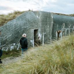 Oplev Houvigfæstningen/ bunkerne i Houvig (på Tysk).
