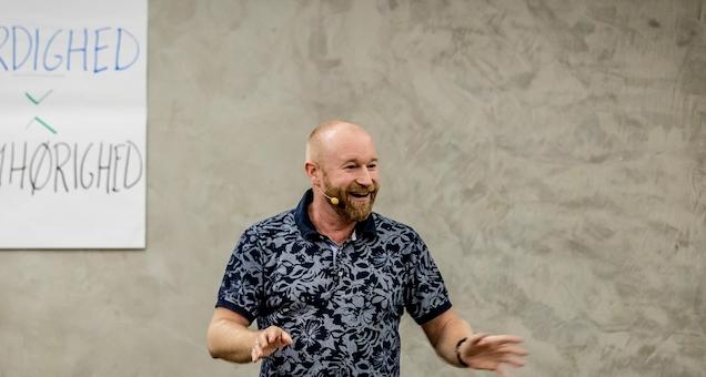 Lars Mogensen - Elsk dine konflikter