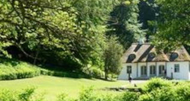 Liselund Lystslot og den Romantiske Have