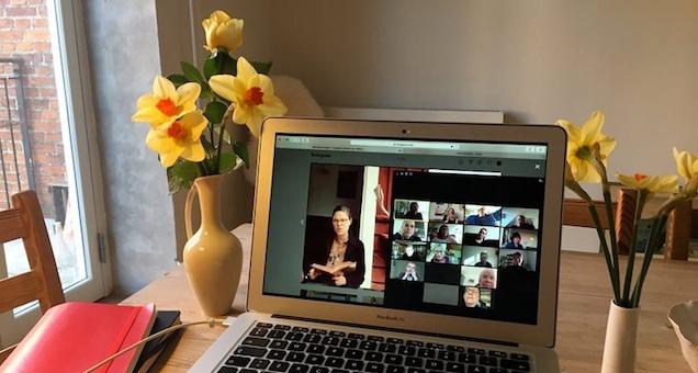 Virtuelle læsegrupper for seniorer i København - Kulturstationen Vanløse