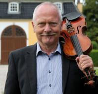 Traditionel dans og musik på Roskilde/Lejre-egnen fra 1700-tallet til nutiden: 800 melodier, 80
