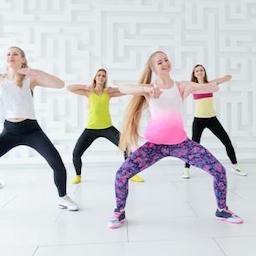 Zumba fitness v/Anette Hansen - Sammen i Bevægelse.