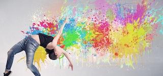Ekspressiv dans med farveaftryk i Silkeborgs Hjerte