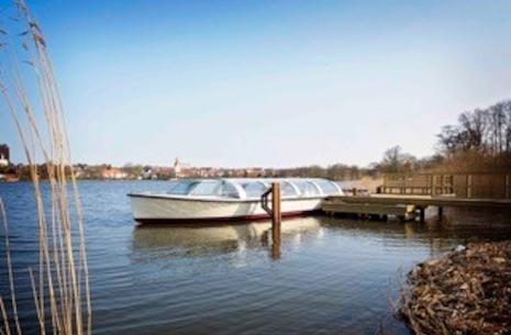Sejltur på Haderslev Dam med dambåden Dorothea