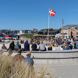 Live musik på Sandpladsen - MASKINERI.