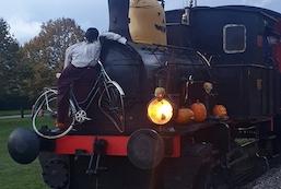 På tur med Halloween-toget, Maribo-Bandholm og retur