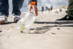 Beach Clean-up med Race for Oceans Stafetten & Om-Hu