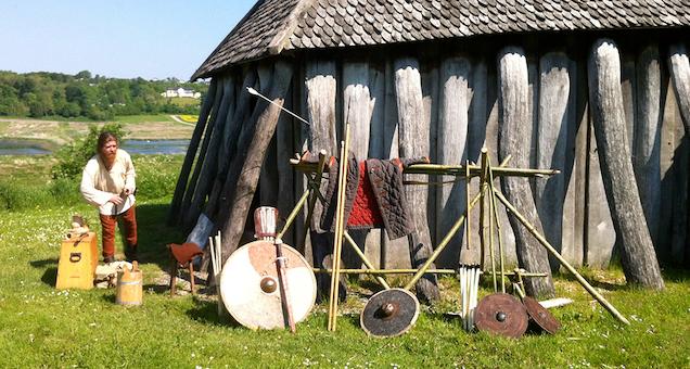 Vikingernes tøj og tekstiler
