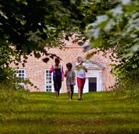 Sommermarked på Selsø Slot - mad, kunst og livsstil